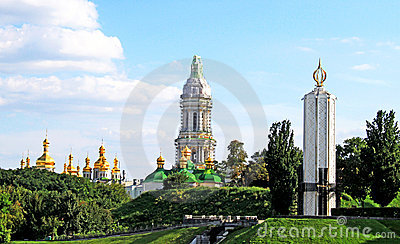 Kiev-Pechersk Lavra and Memorial