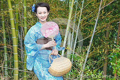 Kimono woman with fan