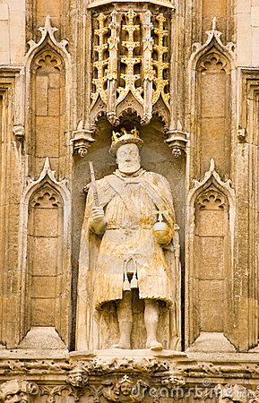 King Henry VIII statue, Cambridge