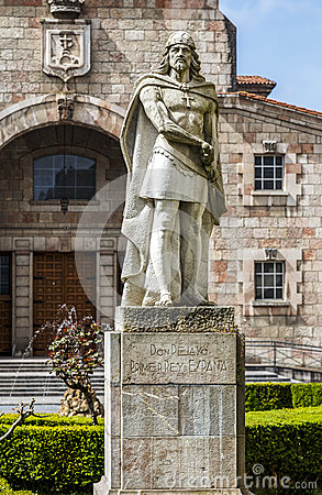 Free King Pelayo (Christian King Of Asturias) In Covadonga Sanctuary, Stock Images - 53507644