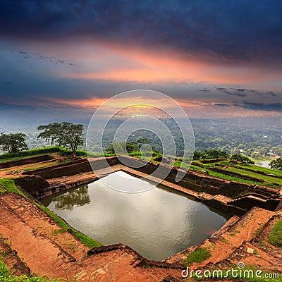 Free King S Swimmig Pool In Sigiriya Castle Royalty Free Stock Image - 67495566
