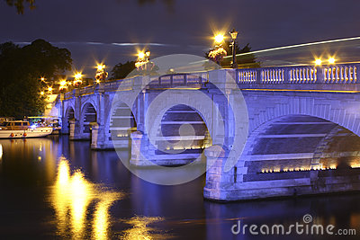 Kingston Bridge at night