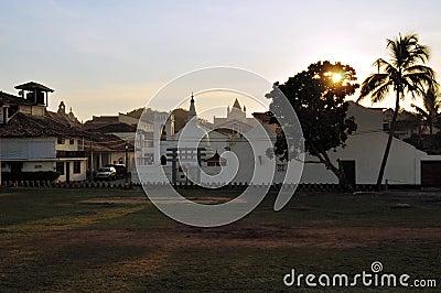 Kirche Und Buddhistischer Tempel Galle Sri Lanka
