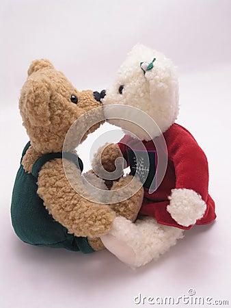 Kissing bears 3