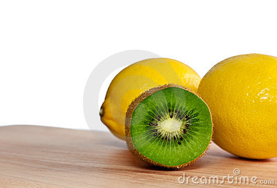 Kiwi And Lemons