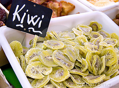 Kiwi slices on sale