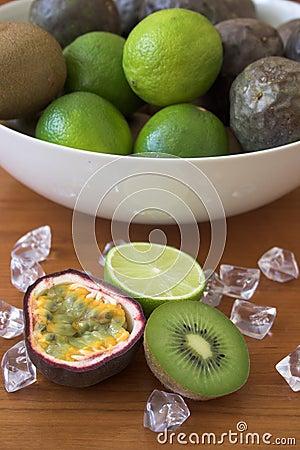 Free Kiwis, Limes & Passion Fruits Stock Photography - 144662