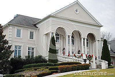 Klassisches Luxuxhaus