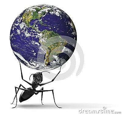 Kleine Ameise, die schwere blaue Erde anhebt