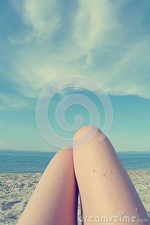 Free Knees Of A Young Woman Sunbathing On The Beach, Retro/vintage Stock Photo - 104555330