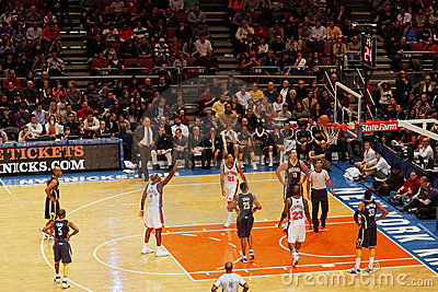 Knicks x indiana pacers madison square garden editorial image image 13730930 Madison square garden basketball