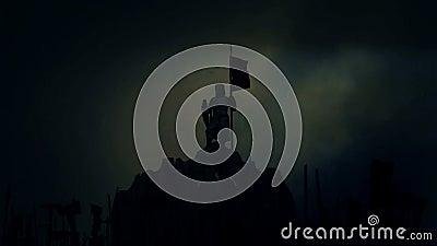 Knight Holding una bandiera mentre soldati muniti che lo incoraggiano prima della battaglia nell'ambito di un temporale illustrazione vettoriale