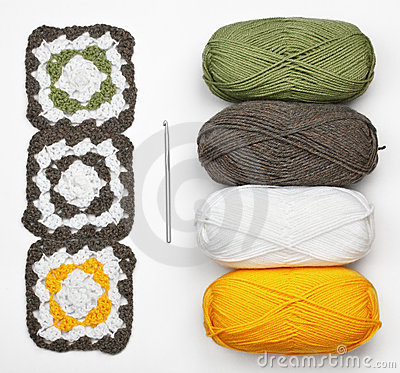 Knitted pattern, crochet and color yarn