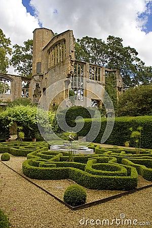 Free Knot Garden In Castle Stock Photos - 6418513