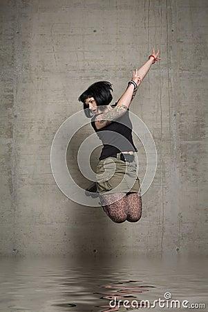 Kobieta jumping