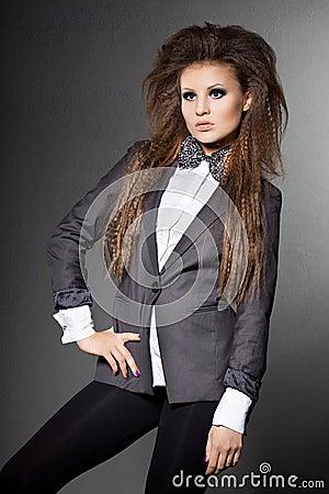 Kobieta z krawatem