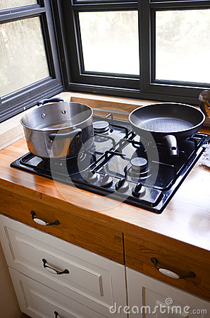 Kochen der Wanne und des Potenziometers