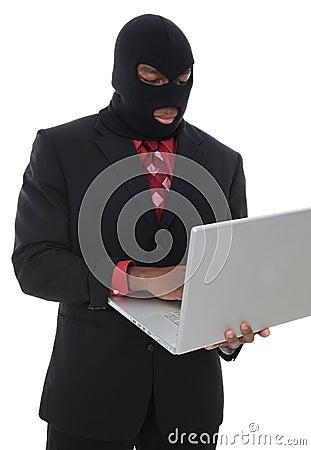 Komputerowy przestępstwo