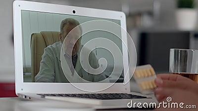 Konsultacje z lekarzem online, technologia internetowa, opieka zdrowotna, zakażenie koronawirusami, chory pacjent Konsultacje z p zdjęcie wideo