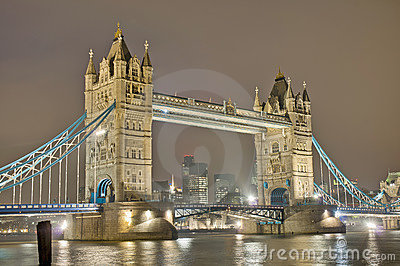 Kontrollturm-Brücke in London, England