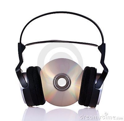 Kopfhörer auf einem Cd