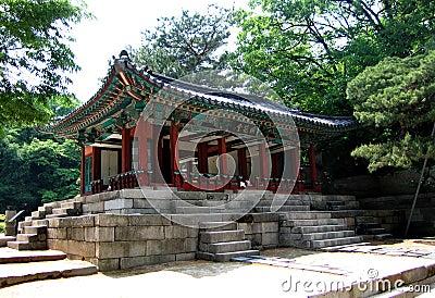 Korean Royal Stopover