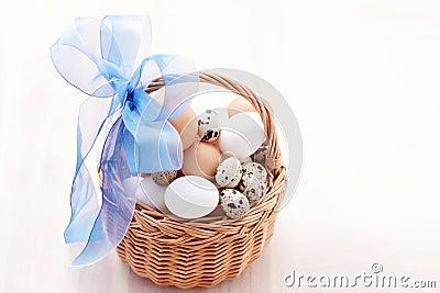 Korg av ägg