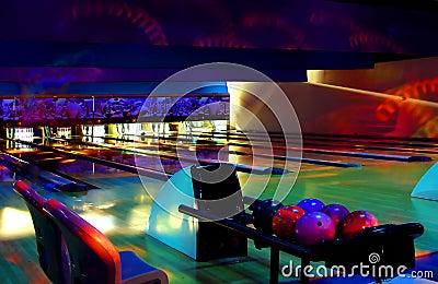 Kosmisches Bowlingspiel