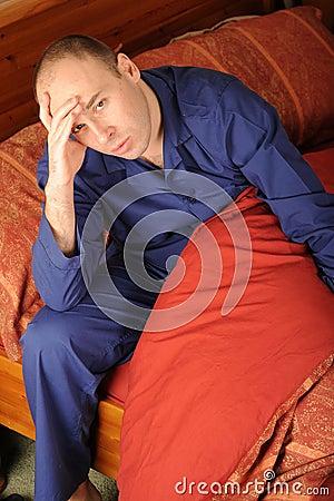 kranker mann im bett stockfotos bild 8203143. Black Bedroom Furniture Sets. Home Design Ideas