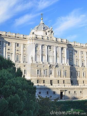 Królewski Madrid pałac