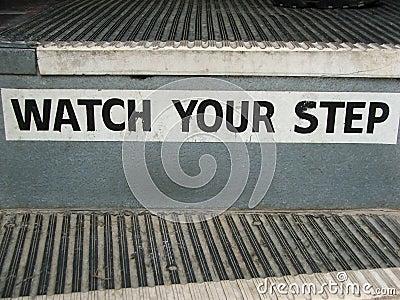 Kroków autobusowych kroki twój oglądają