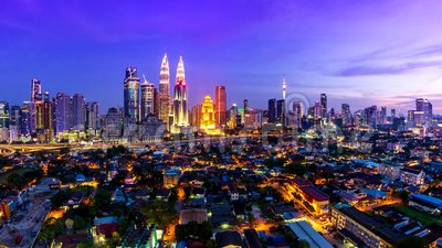 Kuala Lumpur Cityscape Landmark Travel Place van de Dag van Maleisië 4K aan Nachttijdspanne stock videobeelden