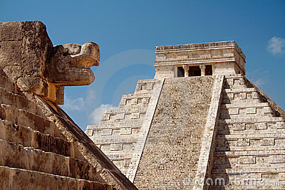 Kukulcan Mayan pyramid and ruins, Mexico