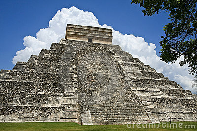 Kukulkan Pyramid at Chichen Itza