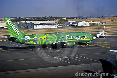 Kulula Airways - Boeing 737-4S3 - ZS-OAO Editorial Photography