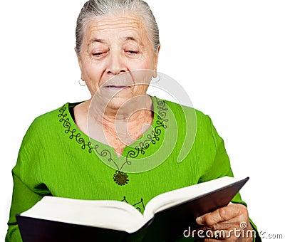 Kvinna för överrrakning för häpen bokavläsning hög
