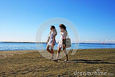 Kvinnor på strand