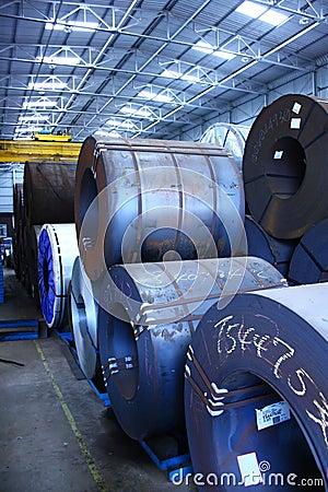 L acier enroule l entrepôt