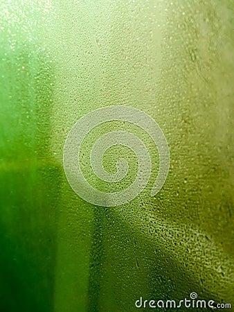 L 39 eau sur le miroir photo stock image 63453477 for Miroir de l eau