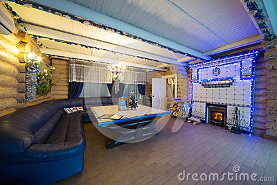 L 39 interno accogliente di una casa di campagna con un for Interno di una casa