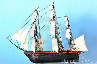 La Belle Poule - sails ship model