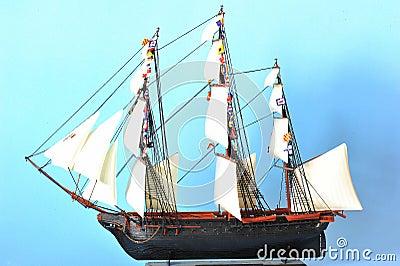 La Belle Poule - sails ship model