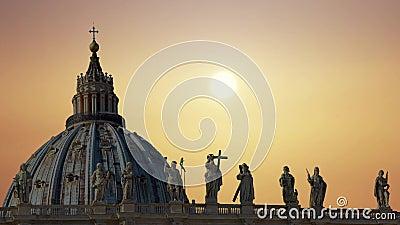 La catedral magn?fica de San Pedro en el Vaticano metrajes