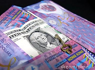 La clavija del dólar de Hong Kong al dólar de EE. UU.