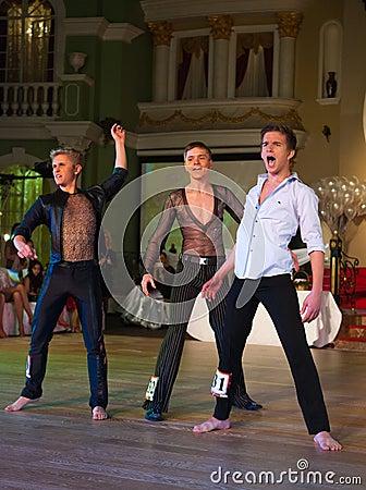 La danza artística concede 2012-2013 Foto de archivo editorial
