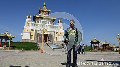 La demeure d'or complexe bouddhiste de Bouddha Shakyamuni La Kalmoukie, Russie clips vidéos