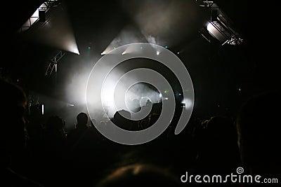 La fase illumina il concerto