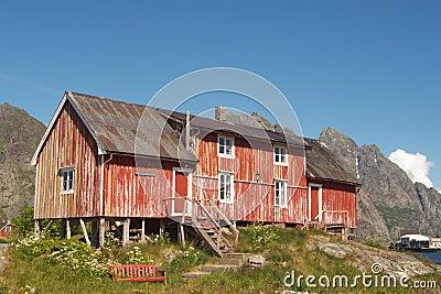 La ferme de vieux Lofoten abandonné