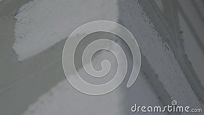 La fin blanche de fond de brickwall  Autour du coin clips vidéos