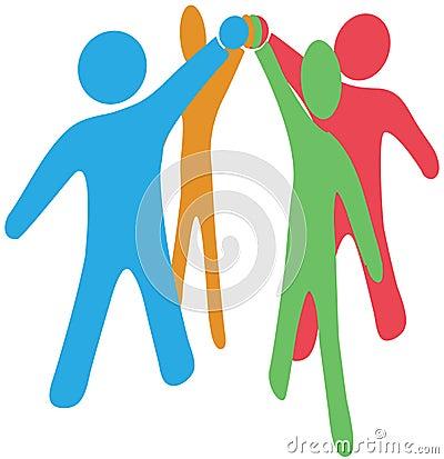 La gente colabora team para arriba ensambla las manos juntas